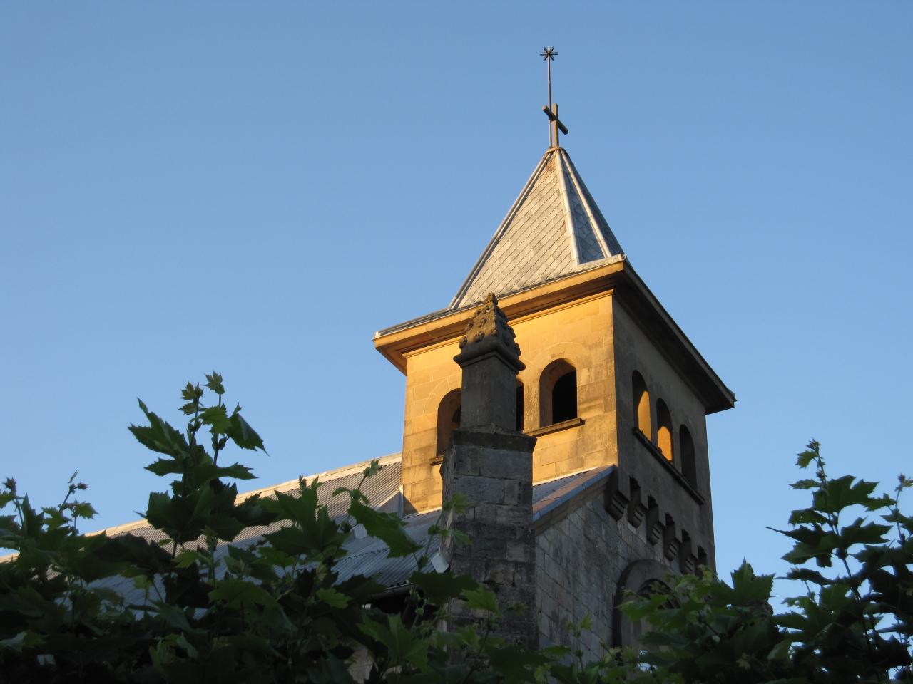 Là où se trouve une église, nos coeurs sont toujours proches...